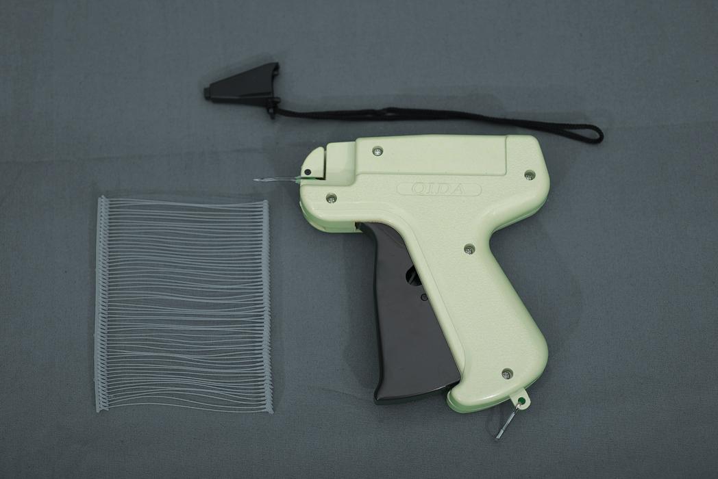 Tag Gun